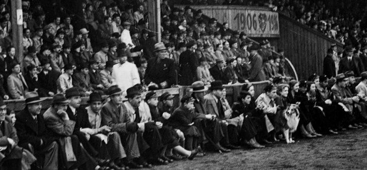 A może by tak zadać szyku na trybunach stadionu Polonii, w trakcie turniejowych zmagań, strojem z lat 30- tych?😎🎩🧐