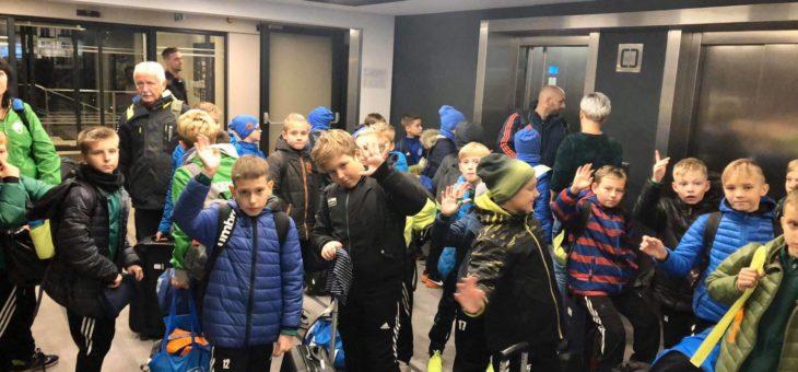 Komplet drużyn dojechał w dobrych humorach do Warszawy!