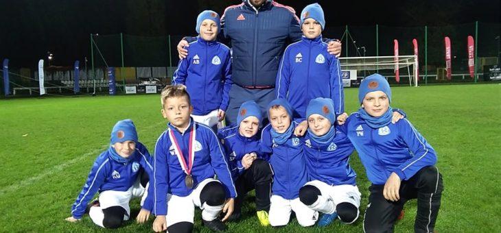 Bardzo miłe wieści dotarły do nas z Chorzowa! Cieszymy się, że zawodnikom, trenerom i kibicom Akademia Piłkarska Ruch Chorzów podobał się pobyt w Warszawie